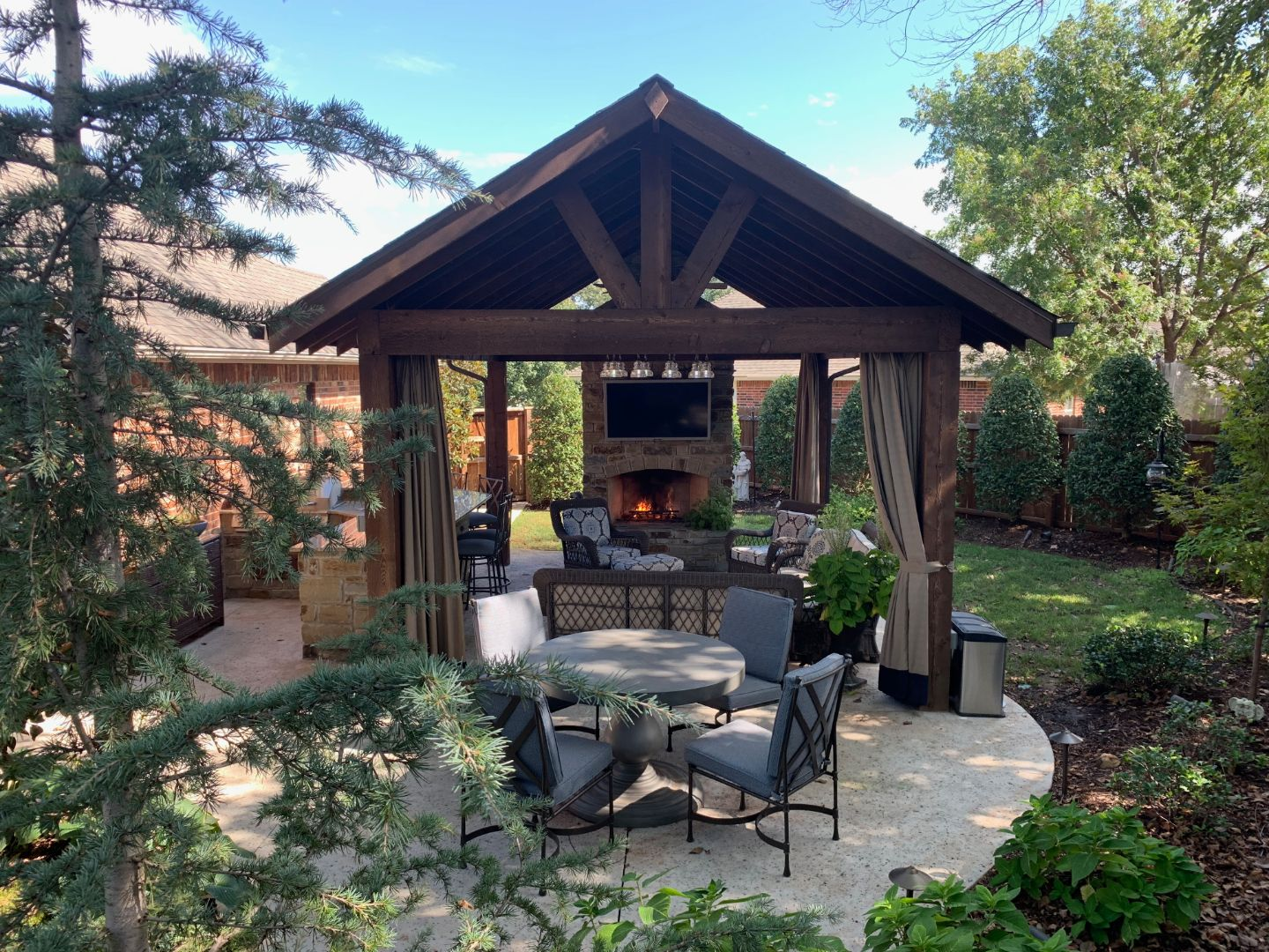 Jeff Roberts: The Magic Man Landscaping Project